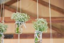 Flowers Aranjaments Ideas / by Larisa Nae