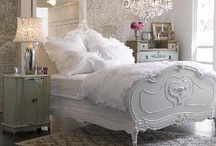 Shabby Chic / by Cindy Bass