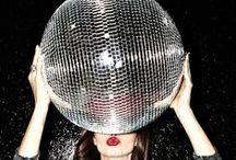 Photoshoot: Mirror ball