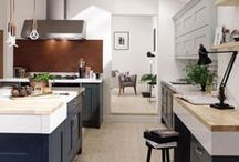 Kitchens -Second Nature Classic / From natural wood that gives that charming and warm atmosphere through to painted finishes that combine modern with rustic and can reflect a home's historical origin. Fineline can offer you exquisite timeless designs with a well-defined personality.