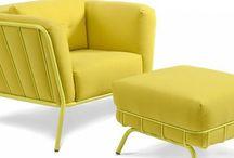 Meubels / Ik geef toe dat ik mijn liefde voor mooie meubels niet onder stoelen of banken steek