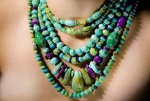 Nifty Necklaces / by JerylSwanson