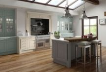 Contemporary Kitchens / A selection of contemporary kitchens available fully fitted by Homestyle Kitchens Wigan. Why not come to our showroom to view and book a free design consultation?