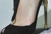 ✿ Παπουτσια ✿