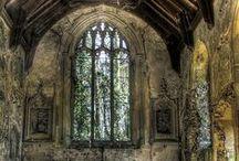 église j'adore / by Diane Spencer-Cox