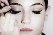 Makeup / by Diana Tellez