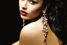 Jewellery - Earrings / by Iram Kotia