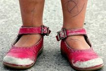 ♥♥SHOEZ! / yes ima shoe connoisseur... / by gizzzy *