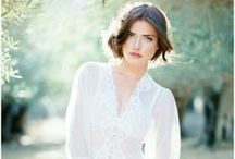Bridal Pose Inspiration / by Mandy Fierens Photography