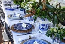 Table Settings / How to set the perfect table setting - tablescape ideas for simple summer entertaining or an elegant dinner party.