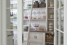 Pantry Organisation / Pretty and practical storage ideas for your pantry.  Butler's Pantry, walk in pantry