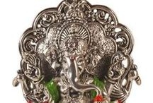 Idols and Sculpture / Explore wide range of brass,Wooden, Bronze and Metal sculptures of Indian deities, ideal for your puja room also explore Handcarved and Hand painted Wooden & Metal Idols for decoratig your living spaces