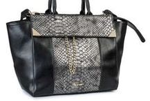Womens Handbags & Purses - Accessories / Discover handmade handbags and purses handcrafted by local artisans in India.