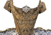 XVIII, XIX & XX dresses / Antic clothes dresses XIX century XVIIII century Court wearing / by Karine Azais