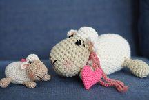 Crochet / by Lisa Gane