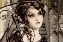 Victorian & Steampunk / Fantasy Victorian and Steampunk style.  Isn't it romantic?