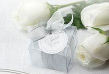 Jessica & Daniel Wedding Favours / Personalise Wedding Favours - Chocolate Bonbonnieres