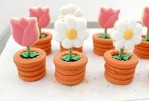 Arte, cupcakes y mas / by Diana Rosales