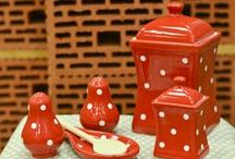Red & White polka dots / High quality hand made ceramic pots - Red & White polka dots - http://rbdecor.ro/categorie-produs/rosu-cu-buline-albe/