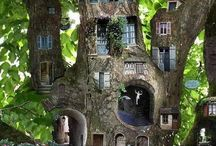 Treehouses / From the unusual to the luxurious - treehouses you will want to move into