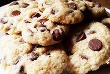 Vegan Recipes / Vegan Recipes / healthy vegan recipes, easy vegan recipes, vegan desserts, vegan meals, vegan snacks, vegan side dishes, vegan cookies, low calorie vegan recipes