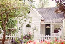 house love / cottages, cabins, victorian  / by Samantha Christensen