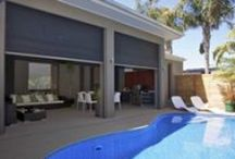 ZIPSCREENS by Acmeda / Zipscreen is the perfect choice for entertaining outdoors this summer. Ideal for pergolas, verandas and balconies, ->  Zipscreen turns your alfresco area into a comfortable new room, offering protection from the elements without interrupting your view.