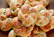 《  baking bread 》