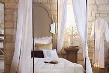 BEDROOM 3 CANOPY TENT POLONAISE MOUSTIQUAIRE / by Moïra