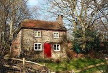 Cottage / country