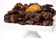 Chocolate Buffets for Weddings and Parties / Chocolate buffets and chocolate dessert stations are hot for weddings, so here are my top picks for chocolate treats to feature in your dessert hour!