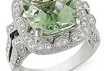 Engagement Rings -- Gorgeous Green / Green is in this year, so here are my favorite engagement rings -- green-style!