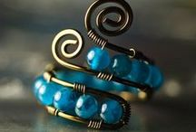 Jewelry Inspiration & Tutorials / by Anette Gomez
