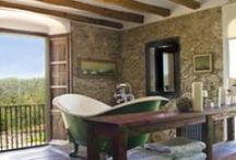 The very best bathtubs / There's nothing better than having an indulgent soak after a day full of adventure. www.sawdays.co.uk