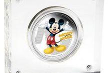 Disney Mickey & Friends / Sada nádherných stříbrných 1 Oz mincí z ryzího stříbra 999/1000   v Proof kvalitě, limitovaná edice 10 000ks.