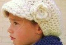 Hat, scarf & poncho kids
