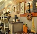 Visual Merchandising / Vintage retail store display ideas. Booth styling, design, and visual merchandising