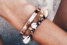 Jewelleries / Lovingly handmade jewelleries from independent designers :)