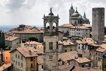 Bergamo / Tanto vorrei fuggire da qui .... tanto amo le stradine tra i colli ed il sapore della città vecchia