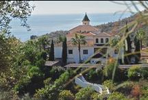 A tour around Centro Santillán / See our Andalucian buildings, dining area, pool area and tropical gardens