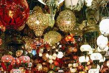 Markets / Street markets, indoor markets, floating markets, souks and bazarres