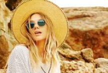 Oliver Peoples sunglasses. ( Okulary przeciwsłoneczne Oliver Peoples )