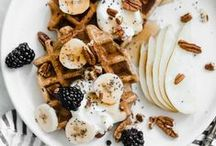 FRÜHSTÜCK REZEPTE / frühstück, Rezepte, Inspiration, Gesund, Raw, Vegan, Vegetarisch, bowls, freak-shakes, joghurt, breakfast,