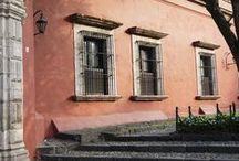 Zona San Angel  / Paseando por este barrio de tradición, descubrimos detalles de actualidad. nuestros vecinos! Los amamos