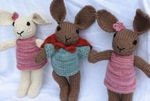 Handmade Toys / If I had a toy shop I would have all of these in it. / by Crafty Lulu