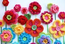 Crochet some Flowers / Crocheted flowers of all sorts, big and small.  Lots of colour.  They look gorgeous made into a wreath or sewn on a cushion.