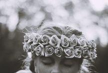 Couronnes de fleurs / Un must have des festivals, la couronne de fleurs est une merveille dont on ne se lasse pas.