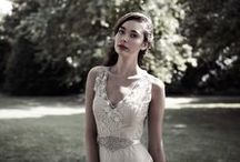 Catherine Deane / http://www.carinabcouture.com/