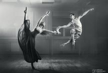 The art of dance /   Freedom through dance - inspiration and grace / black and white