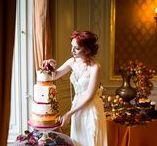 Herbst HOCHZEIT Ideen / Hochzeit feiern im Herbst. Ein schönes buntes Hochkonzept für eine ganz besondere Braut, die Wehrt auf gemischte farbenprächtige Dekoration legt.  #christina_eduard_photography #hochzeit #inspiration #tischdekoration #hochzeit_tafel #blumendekoration #dekoration #fest_tafel #olga_fischer #herbst_hochzeit  #bunte_hochzeit #Orange #Rot #Gold #Braun
